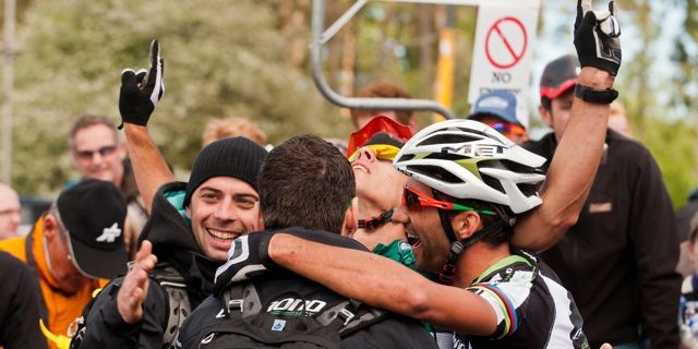 110522_GBR_DalbyForest_XCO_Men_Fumic_Fontana_Hespeler_finish_celebrating_acrossthecountry_mountainbike_xco_by_Maasewerd