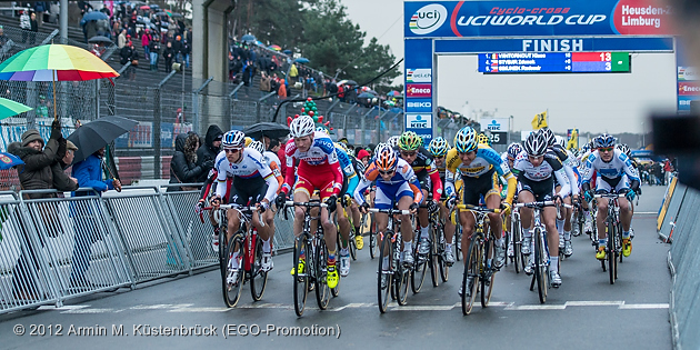 121226_BEL_Zolder_CycloCross_men_start_acrossthecountry_by_Kuestenbrueck