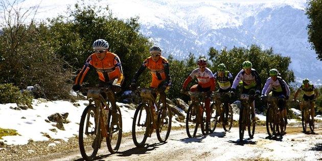 Andalucia-Bike-Race_spitzengruppe_acrossthecountry_mountainbike_xcm_by-Sportograf