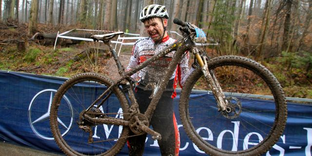 Luca-Schwarzbauer_Bike_Triumph_BadSaeckingen_acrossthecountry_mountainbike_xco_by-Golle