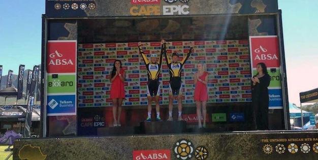 Platt_Huber_ceremony_yellow_acrossthecountry_mountainbike_by Schmude