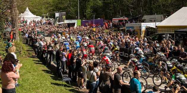 120429_GER_Heubach_XC_Men_start_backview_acrossthecountry_mountainbike_by_Kuestenbrueck