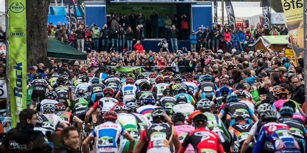 130421_GER_Heubach_XC_Men_start_backview_acrossthecountry_mountainbike_by_Maasewerd-