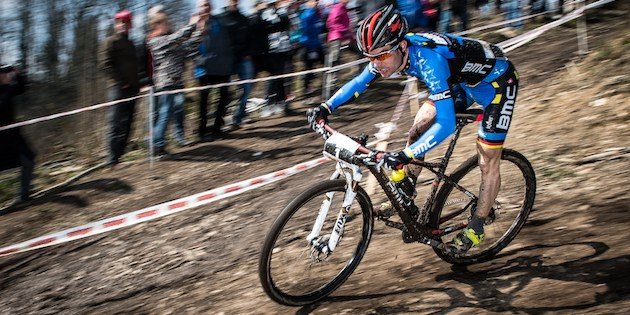 130401_GER_BadSaeckingen_XC_Men_Milatz_sideiview_spectators_pan_acrossthecountry_mountainbike_xco_by_Kuestenbrueck