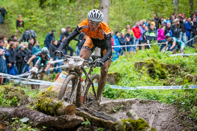 130519_ger_albstadt_xc_men_kaess_downhill_frontal_acrossthecountry_mountainbike_by_maasewerd.
