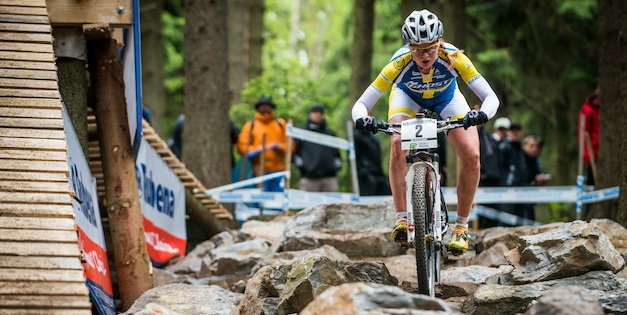 130526_CZE_NoveMesto_XC_Women_Engen_rocks_downhill_frontal_acrossthecountry_mountainbike