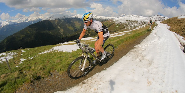 Karl Platt_BikeFourPeaks_snow_acrossthecountry_mountainbike_xcm_by Sportograf