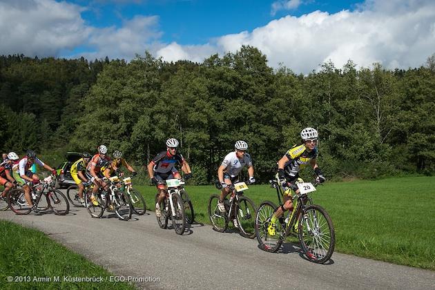 130920_GER_TransZollernalb_Stage1_BadImnau-Balingen_Suess_accelerating_acrossthecountry_mountainbike_by_Kuestenbrueck