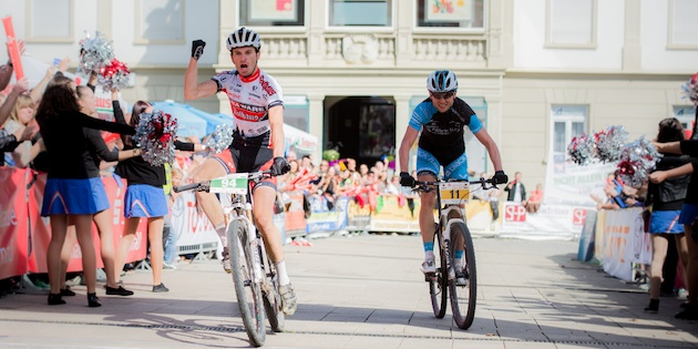 130922_GER_TransZollernalb_Stage3_Albstadt-Hechingen_Bauer_winning_Marx_acrossthecountry_mountainbike_by_Kuestenbrueck