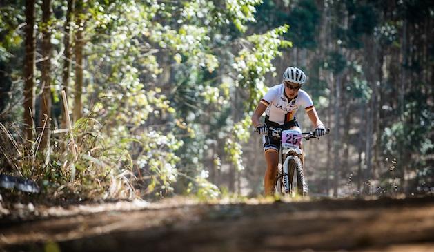 130831_RSA_Pietermaritzburg_XC_Women_Klein_uphill_frontal_acrossthecountry_mountainbike_by_Maasewerd