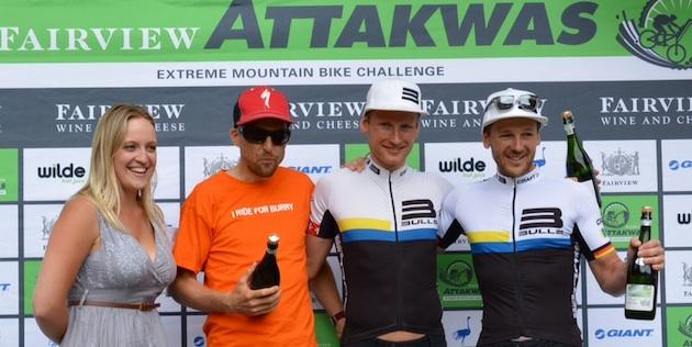 Podium_Attakwas_Sauser_Huber_Platt_acrossthecountry_mountainbike_by-Schmude