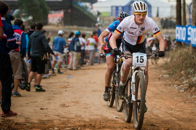 130830_RSA_Pietermaritzburg_XC_U23m_Pfaeffle_feedzone_acrossthecountry_mountainbike_by_Kuestenbrueck