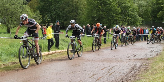 Start-Herren_Saalhausen_Schulte-Luenzum_Fumic_Gluth_Schelb_acrossthecountry_mountainbike_by-Goller