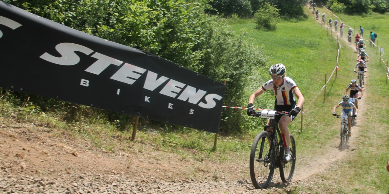 Grobert_leading_u23women_em14_stwendel_acrossthecountry_mountainbike_by-Goller