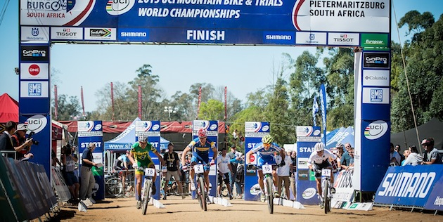 30901_RSA_Pietermaritzburg_XCE_Schelb_start_frontal_acrossthecountry_mountainbike_by_Kuestenbrueck