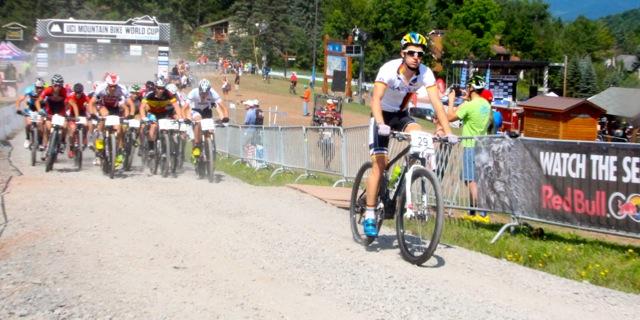 Martin-Frey_peloton_start_acrossthecountry_mountainbike_WC14-Windham_by-Goller