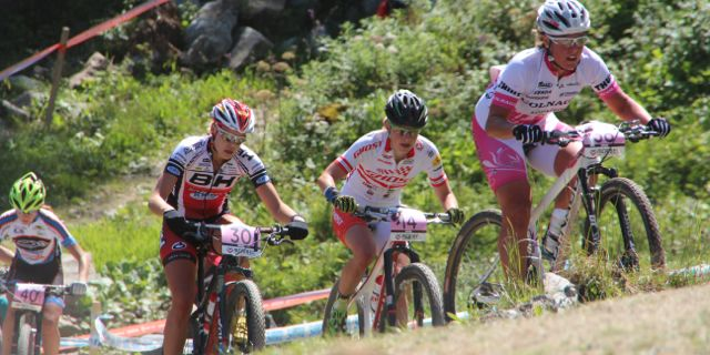 Schneitter_Klein_Osl_WC14_Meribel_Damen_acrossthecountry_mountainbike_by-Goller