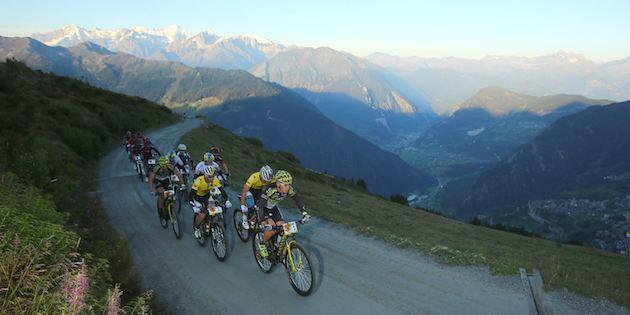 SwissEpic_Spitzengruppe_Etappe1_Mennen_by-Sportograf.