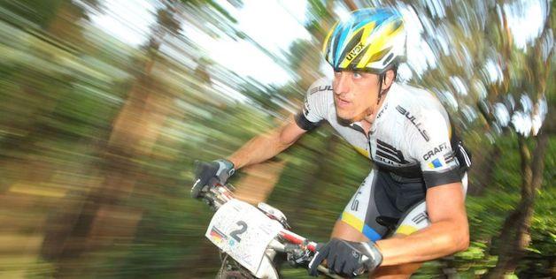 Stefan Sahm_blurred_acrossthecountry_mountainbike_by Sportograf