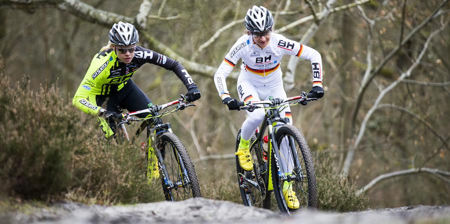 Hanna-Klein_Adelheid-Morath_acrossthecountry_mountainbike_SR-SUNTOUR-Hoshi-Yoshida_AdelheidMorath