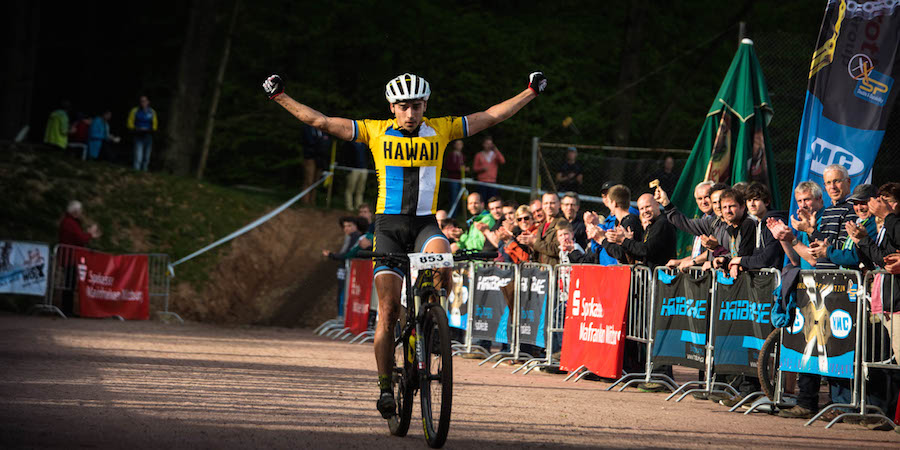 Martin-Loo_Wombach_winning_acrossthecountry_mountainbike1_by-Lynn-Sigel