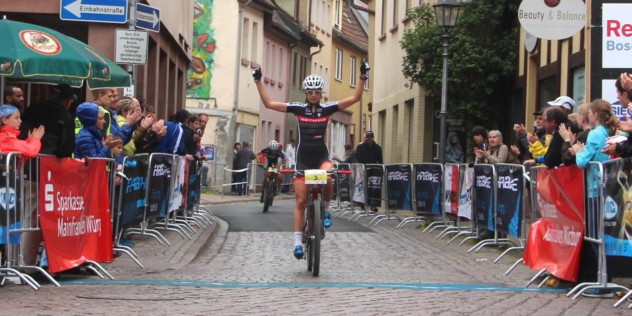 Nadine Rieder_winning_KMC Bundesliga_Wombach_Sprint_acrossthecountry_mountainbike_by Goller