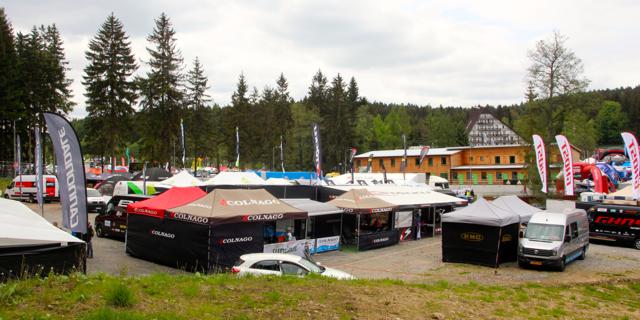 Nove-Mesto_Expo_teams_acrossthecountry_mountainbike_by-Goller
