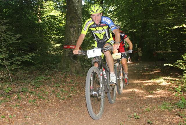Forster_Fanger_acrossthecountry_mountainbike_BRC15_Yverdon_Vaumarcus_Herren_by Goller