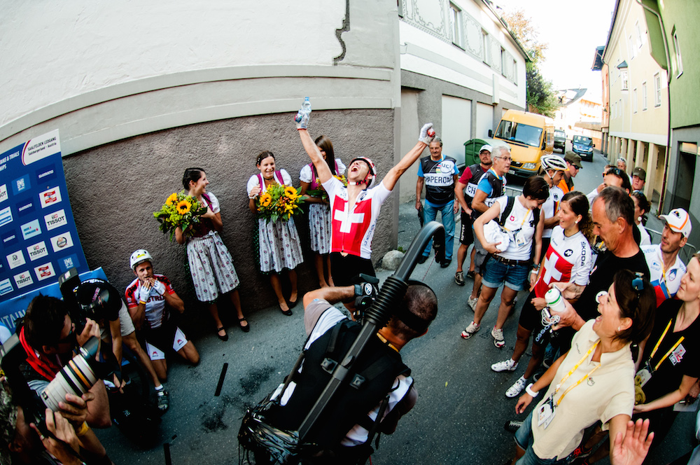 120909_AUT_Saalfelden_XCE_Naef_finish_wide_by_Maasewerd