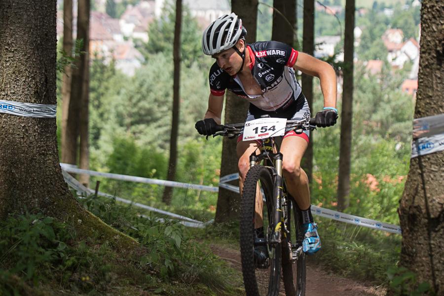 Luca Schwarzbauer im Aufstieg. Foto: Lynn Sigel