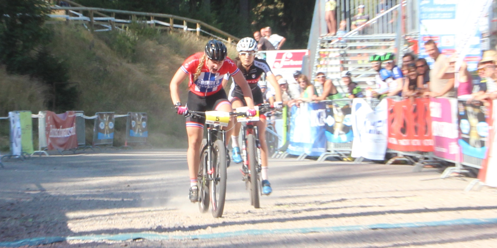 Jacobsen_Rieder_finishBL15_Titisee-Neustadt_XCE_by-Goller