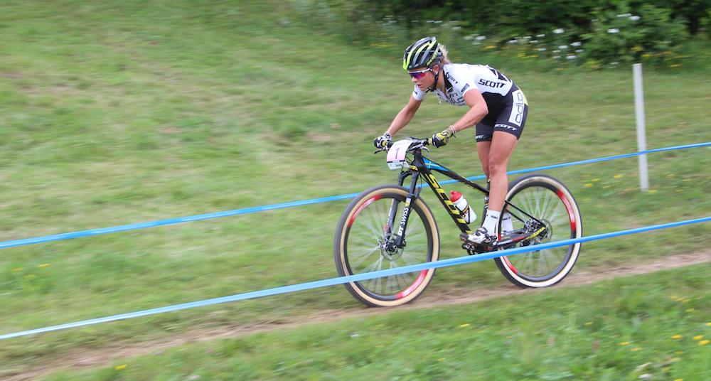 Jenny-Rissveds_WC15_acrossthecountry_mountainbike_MSA_U23Damen_by-Goller