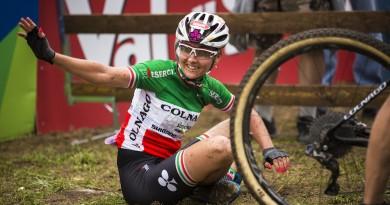 Eva Lechner_ValdiSole_sitting_acrossthecountry_mountainbike_Ph_Matteo_Cappe_XC_