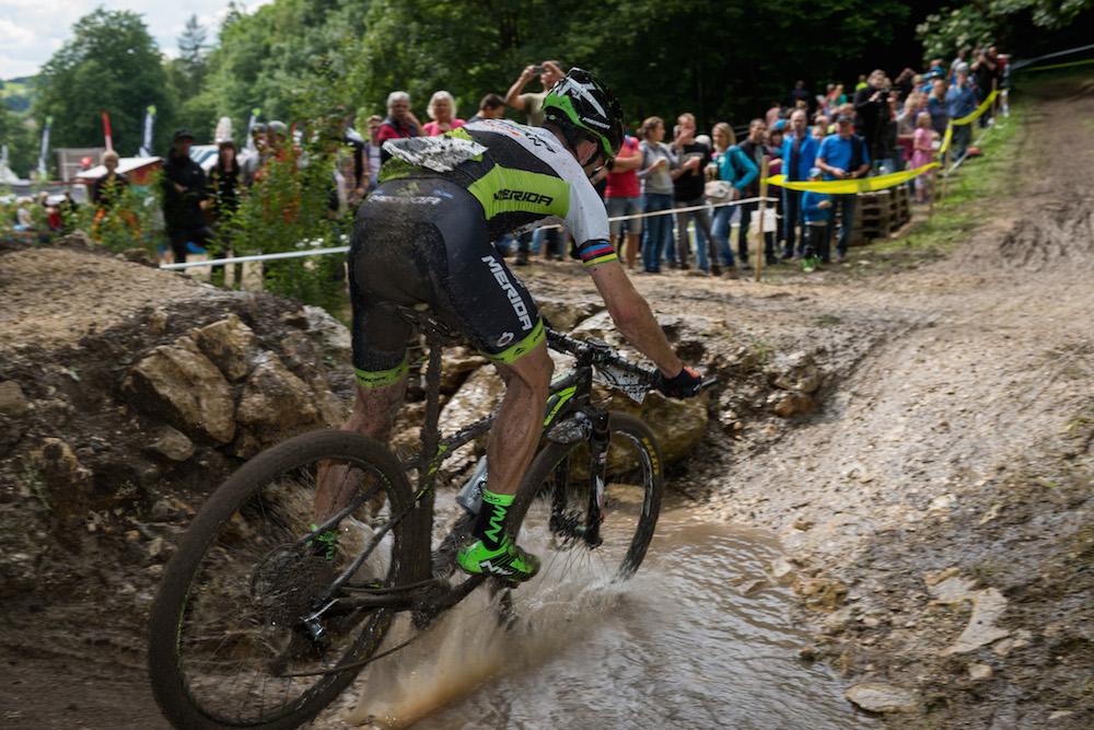 Dieses bisschen Wasser war es nicht, was José Hermida meinte, man werde in Heubach vom Kurs gejagt ©Armin M. Küstenbrück/EGO-Promotion