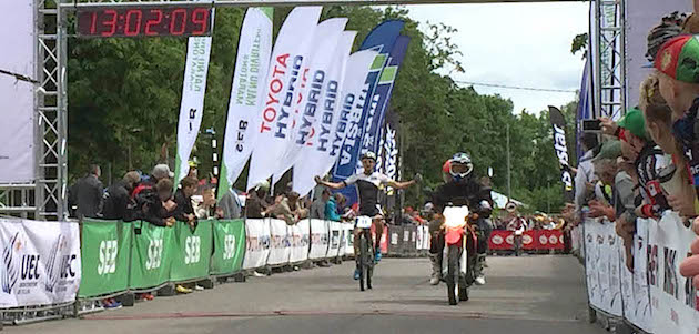 Simon-Stiebjahn_finish_Marathon-EM16_Sigulda_by-Team-Bulls