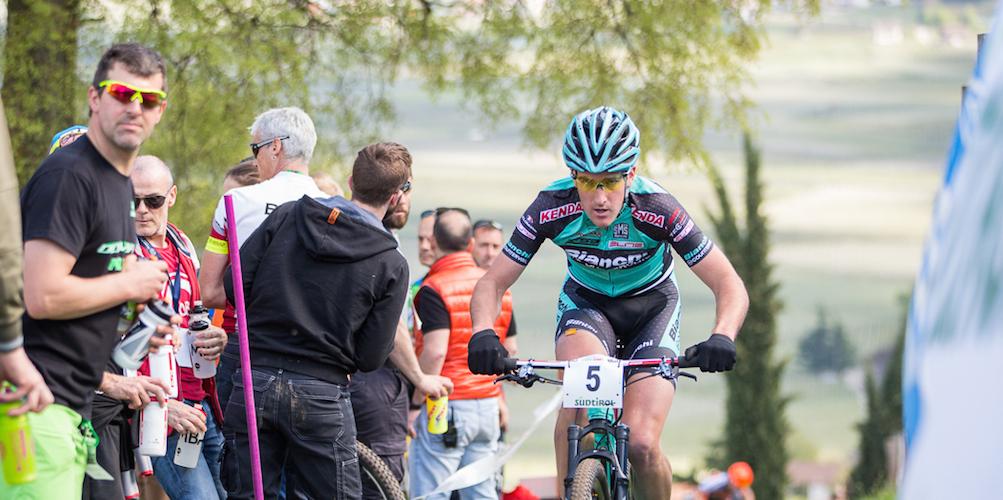 http://www.sportnews.bz/de/mtb/news-detail/news/kerschbaumer-ich-will-nicht-im-mittelmass-versinken.html