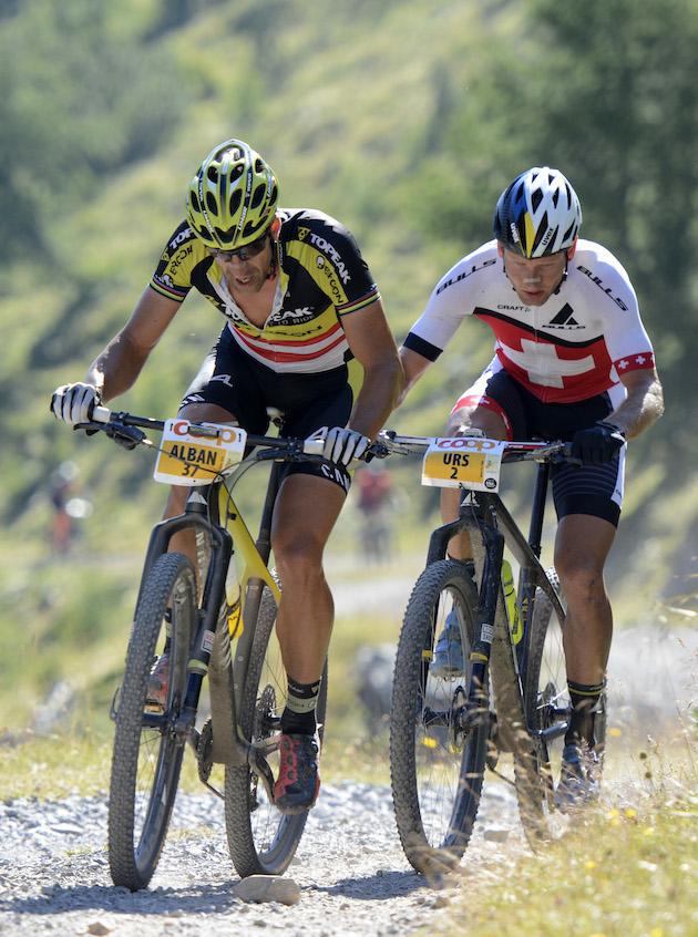 Die beiden Hauptprotagonisten beim Nationalpark Bike Marathon: Alban Lakata und Urs Huber ©Martin Platter