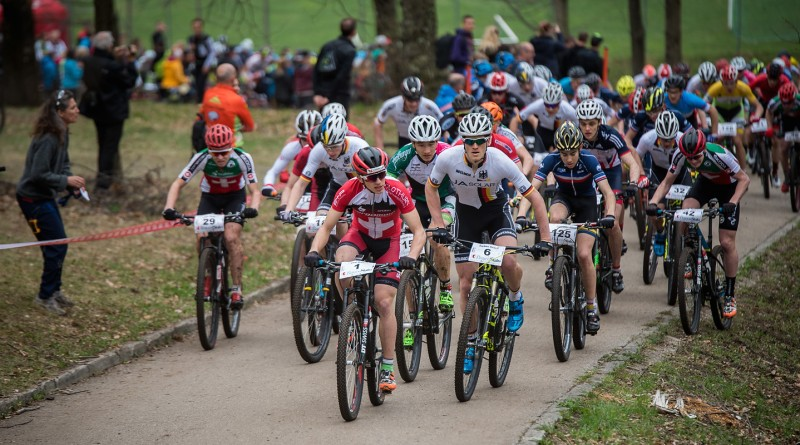 Start zur UCI Junior Serie 2016 in Rivera ©Lynn Sigel/EGO-Promotion