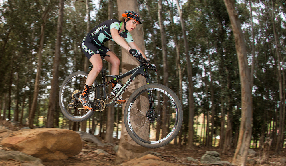 Helen-Grobert_jump_by-Cannondale