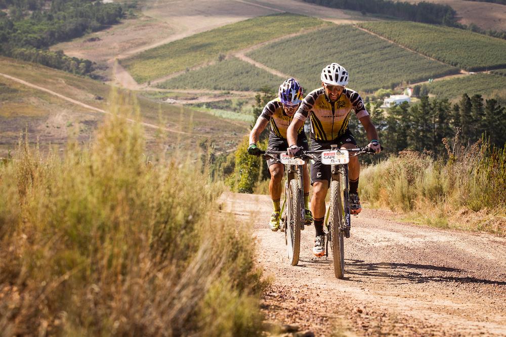 Fumic_Avancini_ACE17_Stage04_Nick Muzik_Cape Epic_Sportzpics