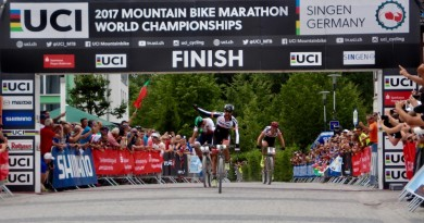 Alban-Lakata_Tiago-Ferreira_Daniel-Geismayer_sprint_finish_XCM_Worlds_Singen_by-Goller.