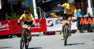 Pernsteiner (AUT; l) und Geismayr (AUT) triumphieren erneut  © Miha Matavz