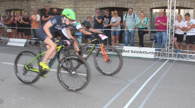 Lena-Putz_Clara-Brehm_finish_DM17_BadSalzdetfurth_Eliminator_by-Golle