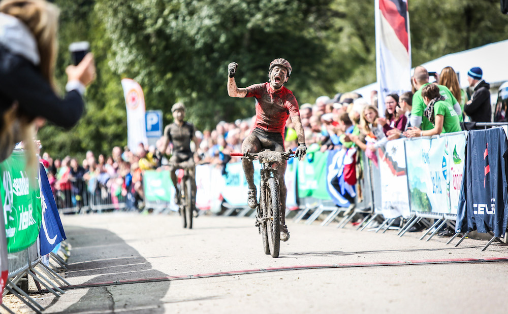 Markus-Bauer_DM17_Gruibingen_finish_by-sportograf