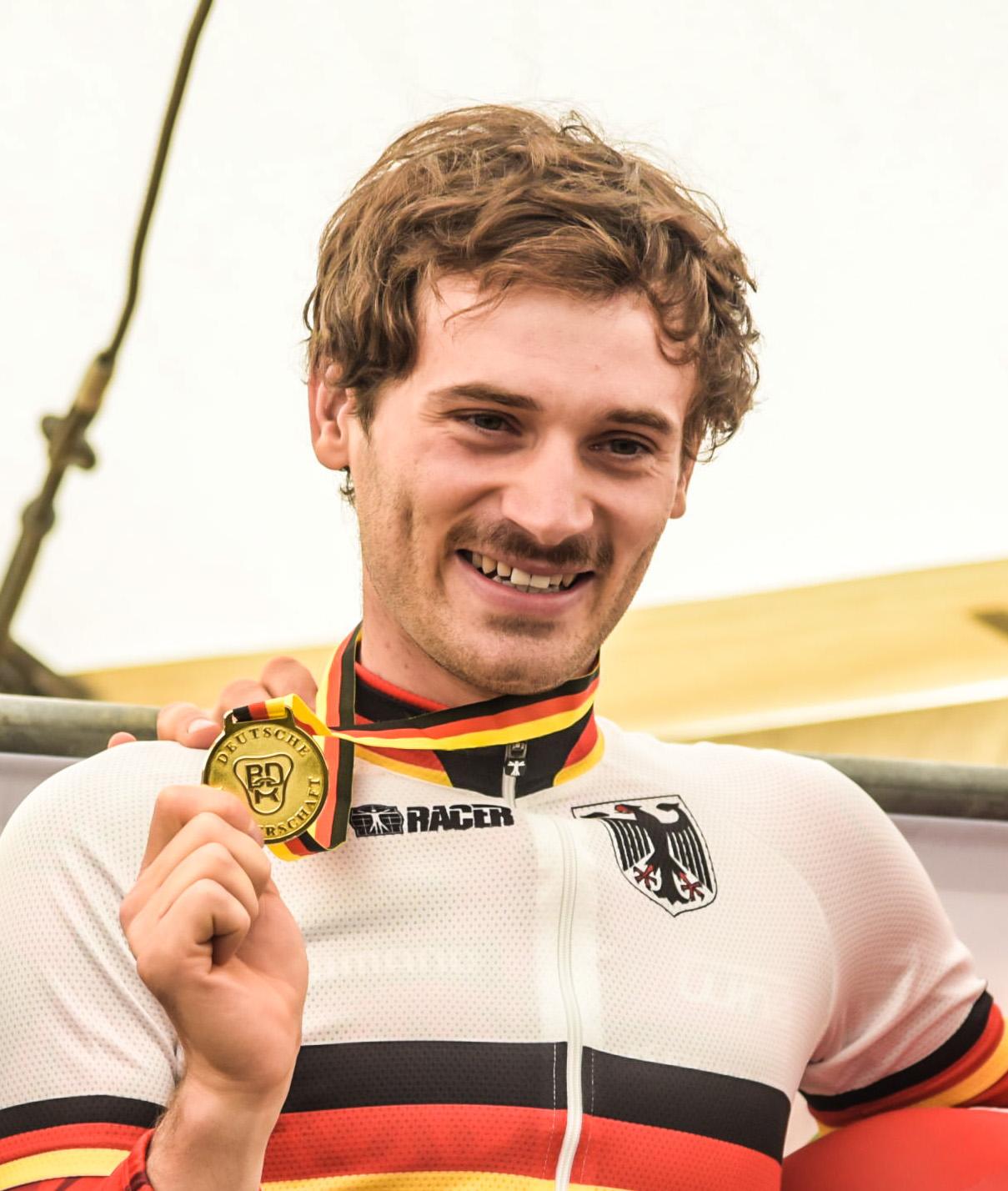 Markus Bauer_portrait_medaille_by sportograf